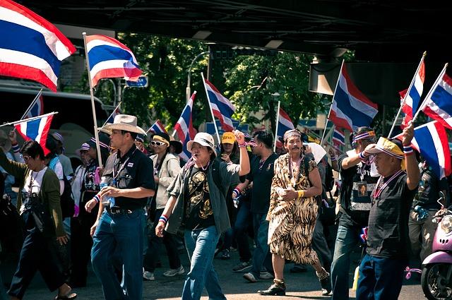 タイ選挙デモ